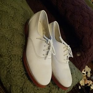 Cole Haan closed toe Oxfords